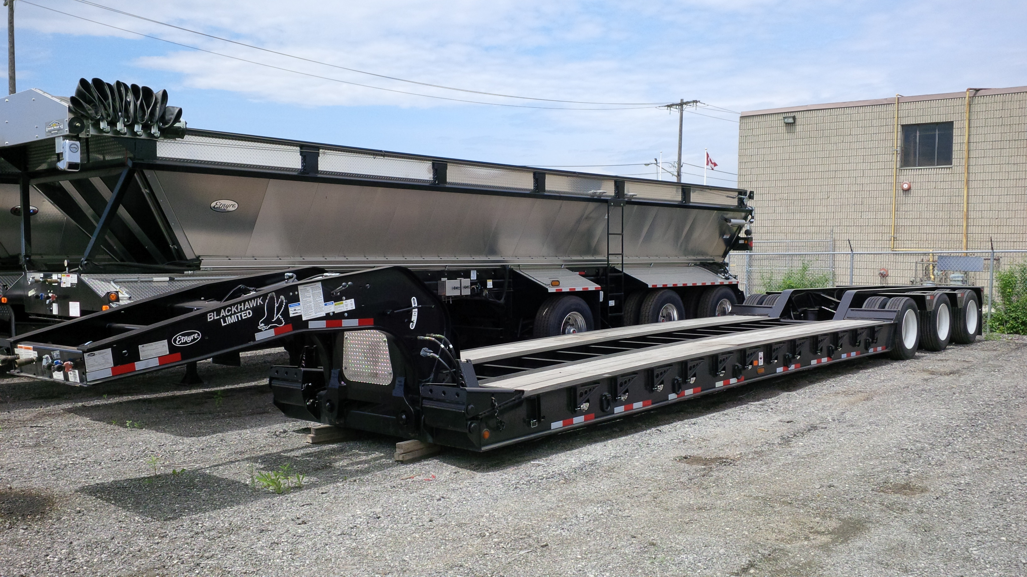 NEW ETNYRE 55 TON HYDRAULIC DETACHABLE LOWBOY FLOAT TRAILER
