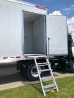 NEW 2021 GREAT DANE 36' AND 42' ROLL UP REEFERS WITH SIDE DOOR AND DUAL TEMP PREP 4